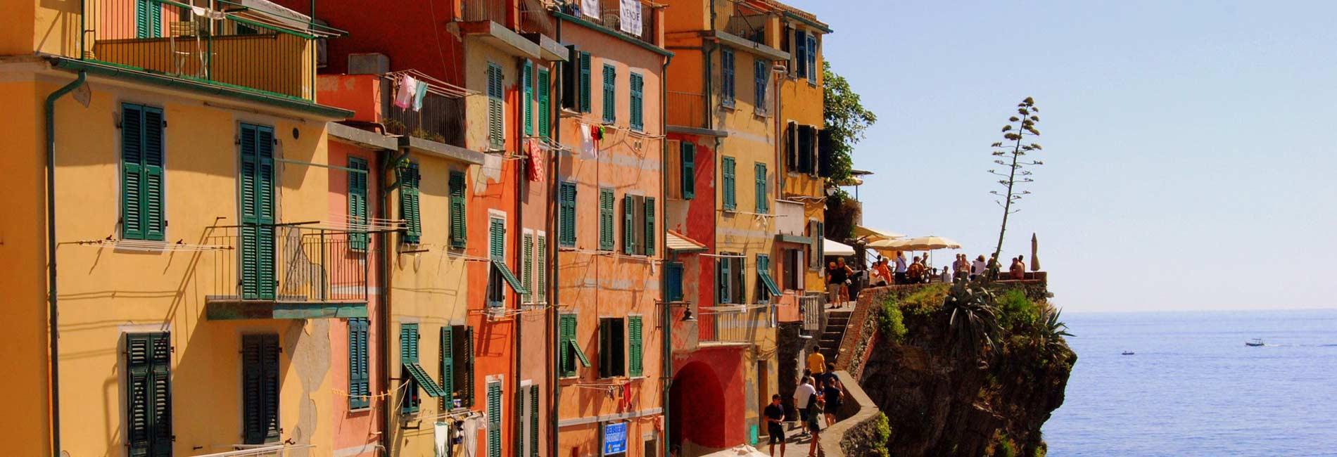 Foto delle case colorate di Riomaggiore