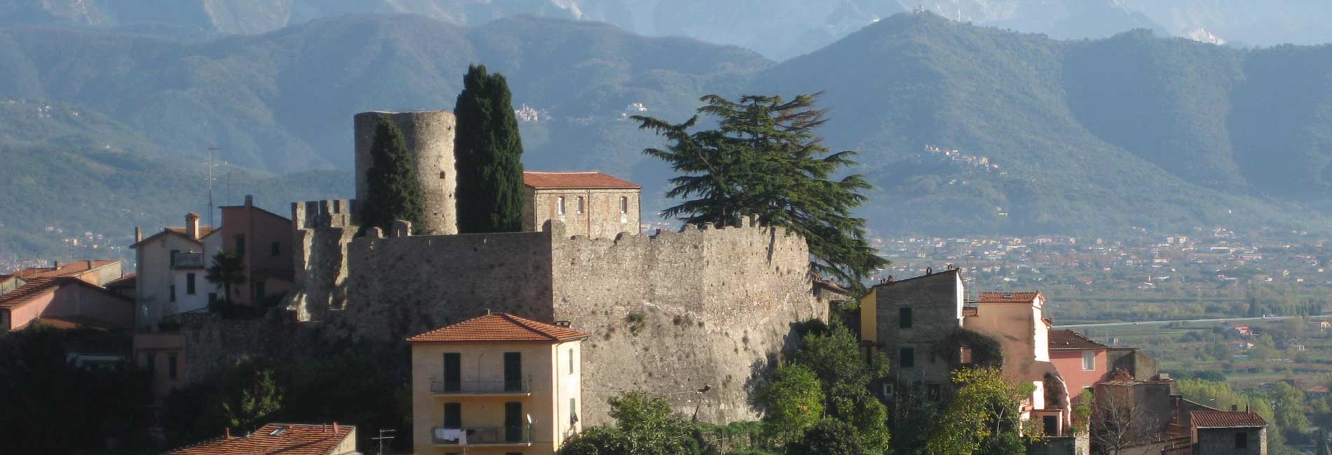 Foto del castello di Montemarcello